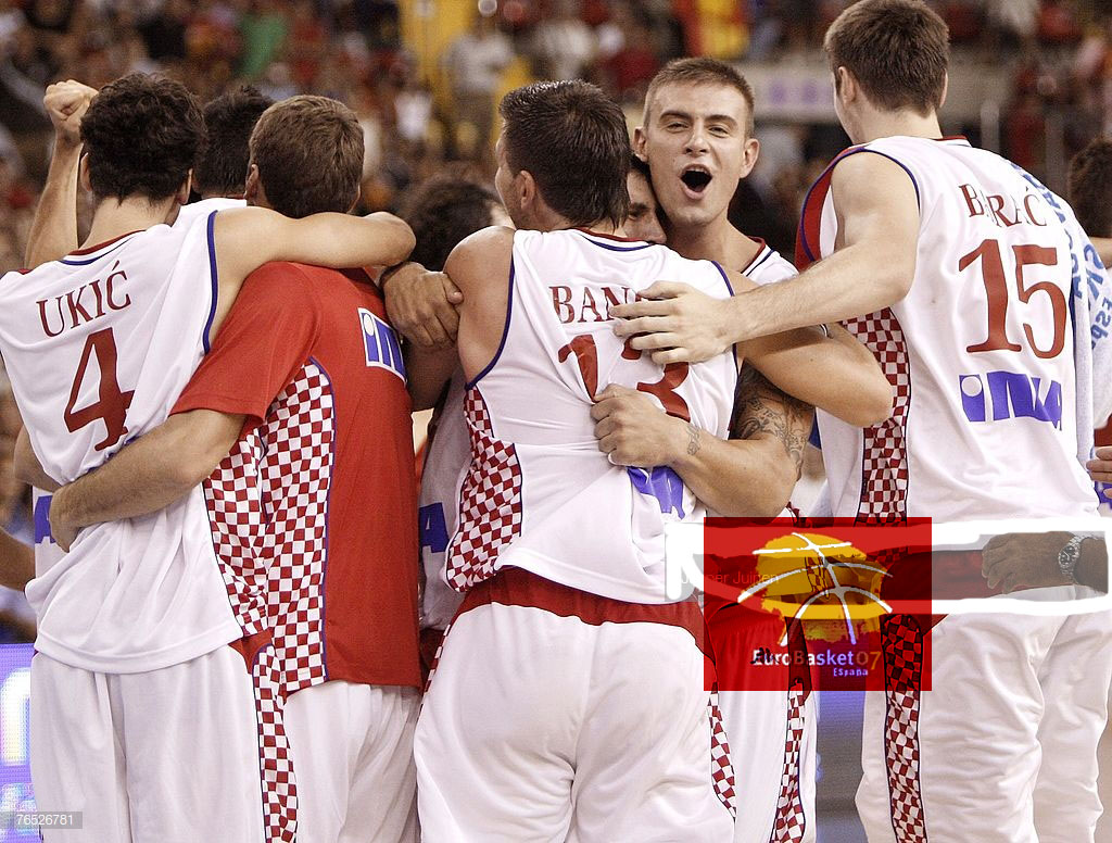 croatia-spain-eurobasket2007-hrvatska-spanjolska-tomas